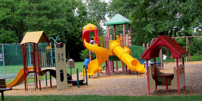 Name: park_playground.jpg Views: 32 Size: 83.4 KB