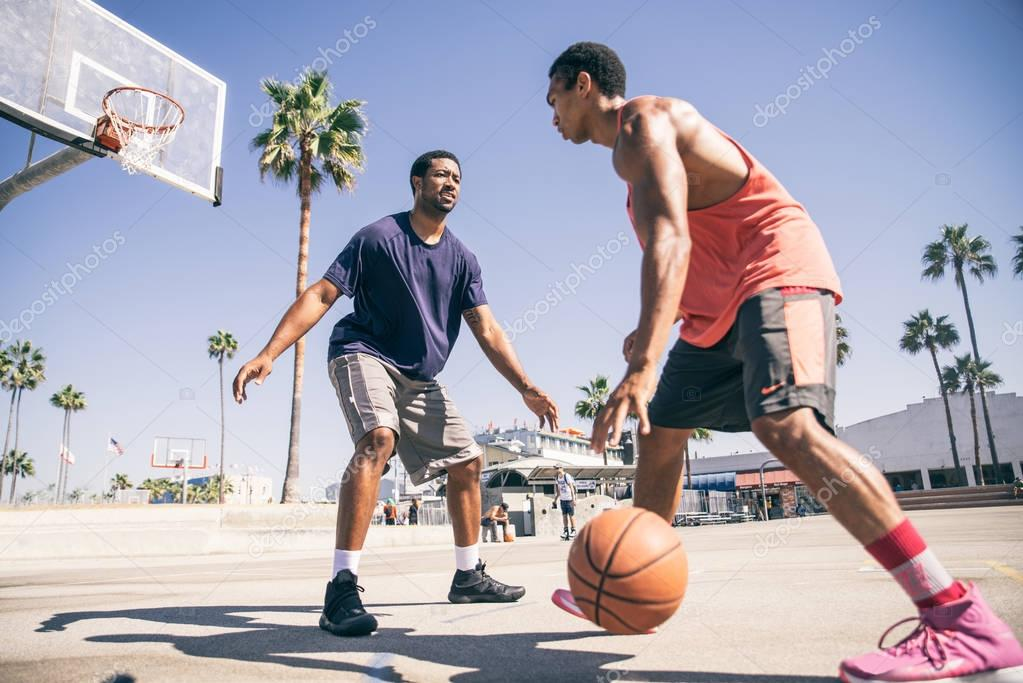 Name: depositphotos_129821864-stock-photo-friends-playing-basketball.jpg Views: 2 Size: 91.4 KB